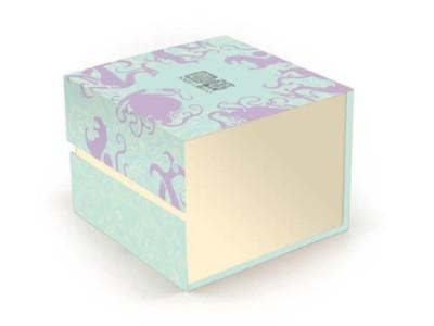 济南礼品包装盒定制厂家,在制作过程中如何才能确保硬度?