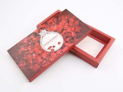 济南包装盒厂家教您怎样选择高档首饰盒