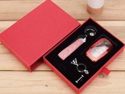 济南礼品盒厂家是这样挑选包装盒内衬的