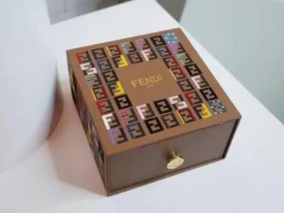中秋送什么礼?精品盒厂家挑选几款月饼礼盒,送礼倍有面子!