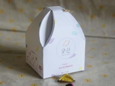 济南包装盒厂家设计的化妆品包装盒,如何得到消费者认可?